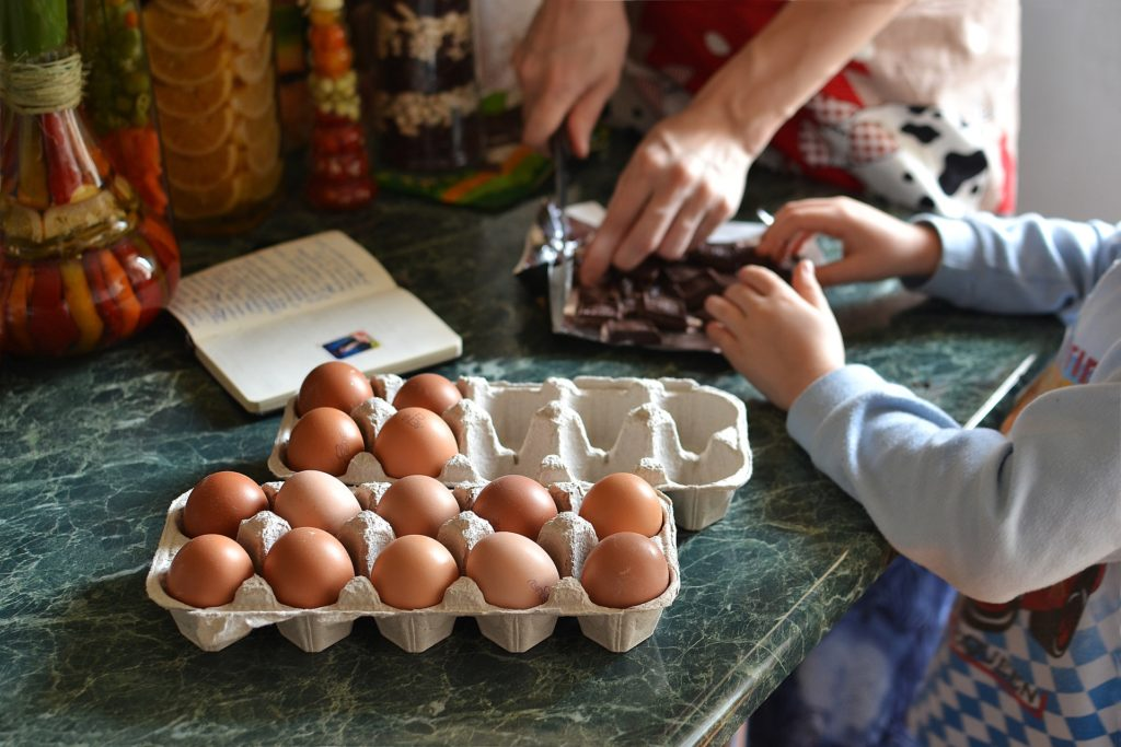baking with young children family