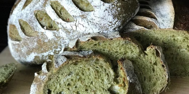 spinach flaxseed bread