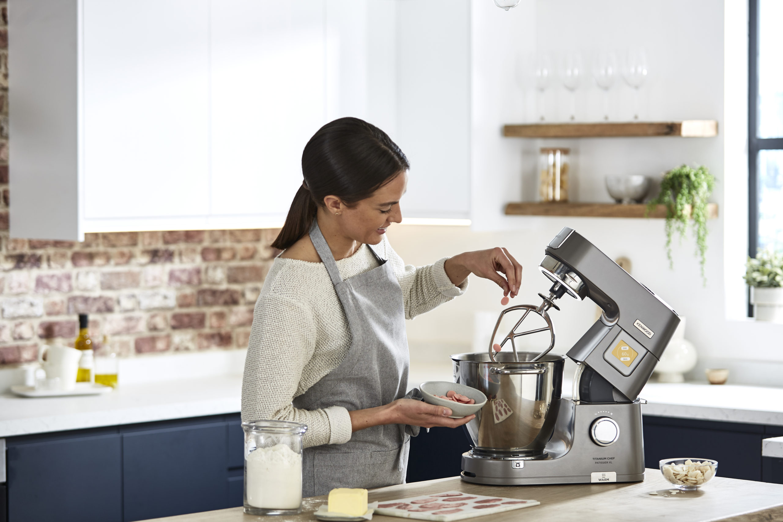 Start the New Year Simple and Easy with The Powerful Kenwood Titanium